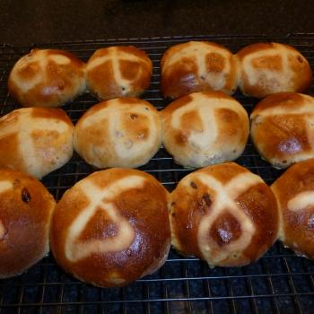 Andrew's rye culture Easter buns first overview