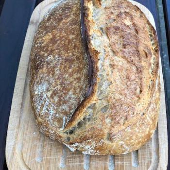 Barça Mare Normal Bread Loaf first slice