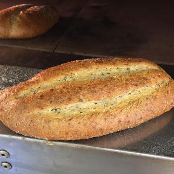 Birgers zuurdesem oude graan soorten  brood second slice