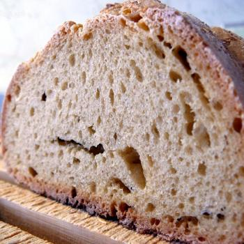 Ismaele Einkorn bread first slice
