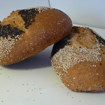 Ismaele Pane nero di Castevetrano. first slice