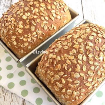 Nr 1 Sourdough bread second overview