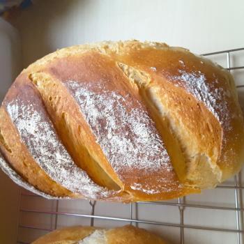 Poemeltje Sourdough loafs first slice