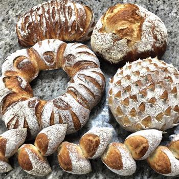 PURA VIDA MAE bread first overview