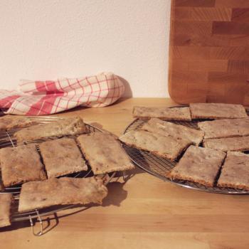 September starter Wholemeal knäckebröd first slice