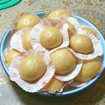 Stardust Steamed whole wheat chinese buns (包子) first overview