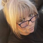 profile picture Tina Harrison